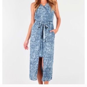 NWT Kut from the Kloth Blue Chambray Plaid Dress